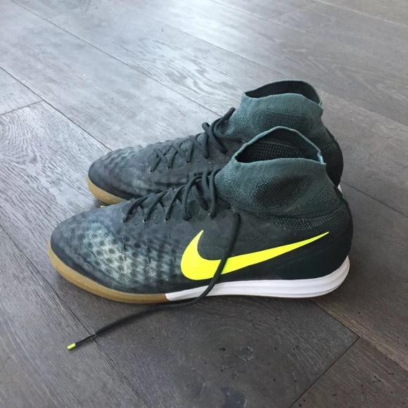 Nike Other - Nike Men's Indoor Soccer Shoes, size 11